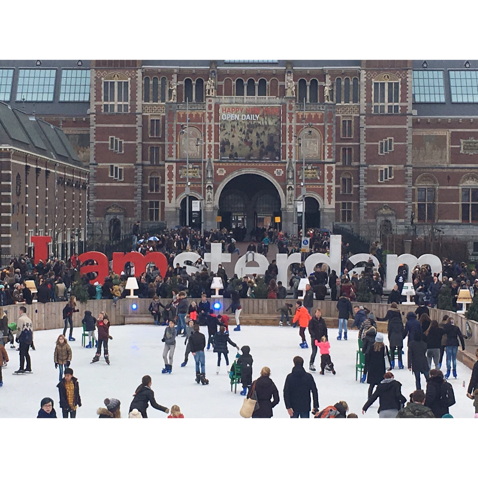Amsterdam: 11/12